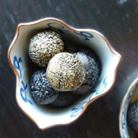 Sesame Gold Nuggets