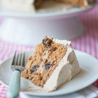 Oatmeal Rum-raisin Cake