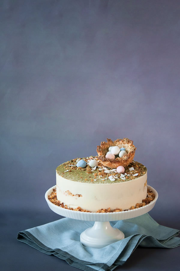 Easter Bonnet – Pineapple Coconut Carrot Cake