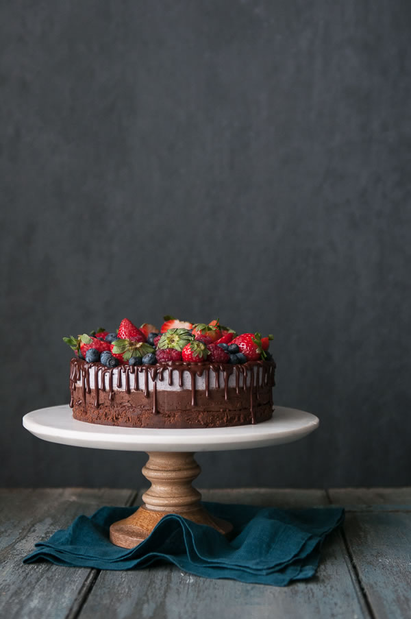 Dark Side of Spring – Blueberry Chocolate Mousse Cake